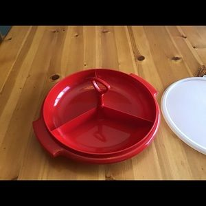 TUPPERWARE DIVIDED TRAY w/Cover &Detachable Handle
